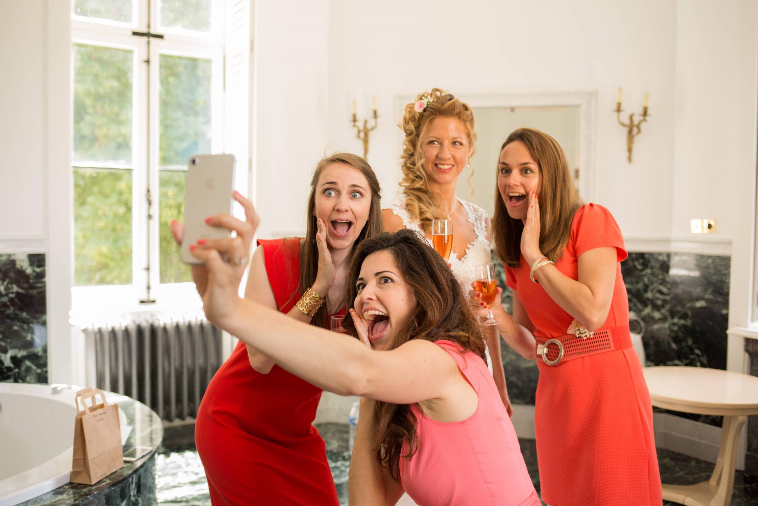 Selfie avec la mariée