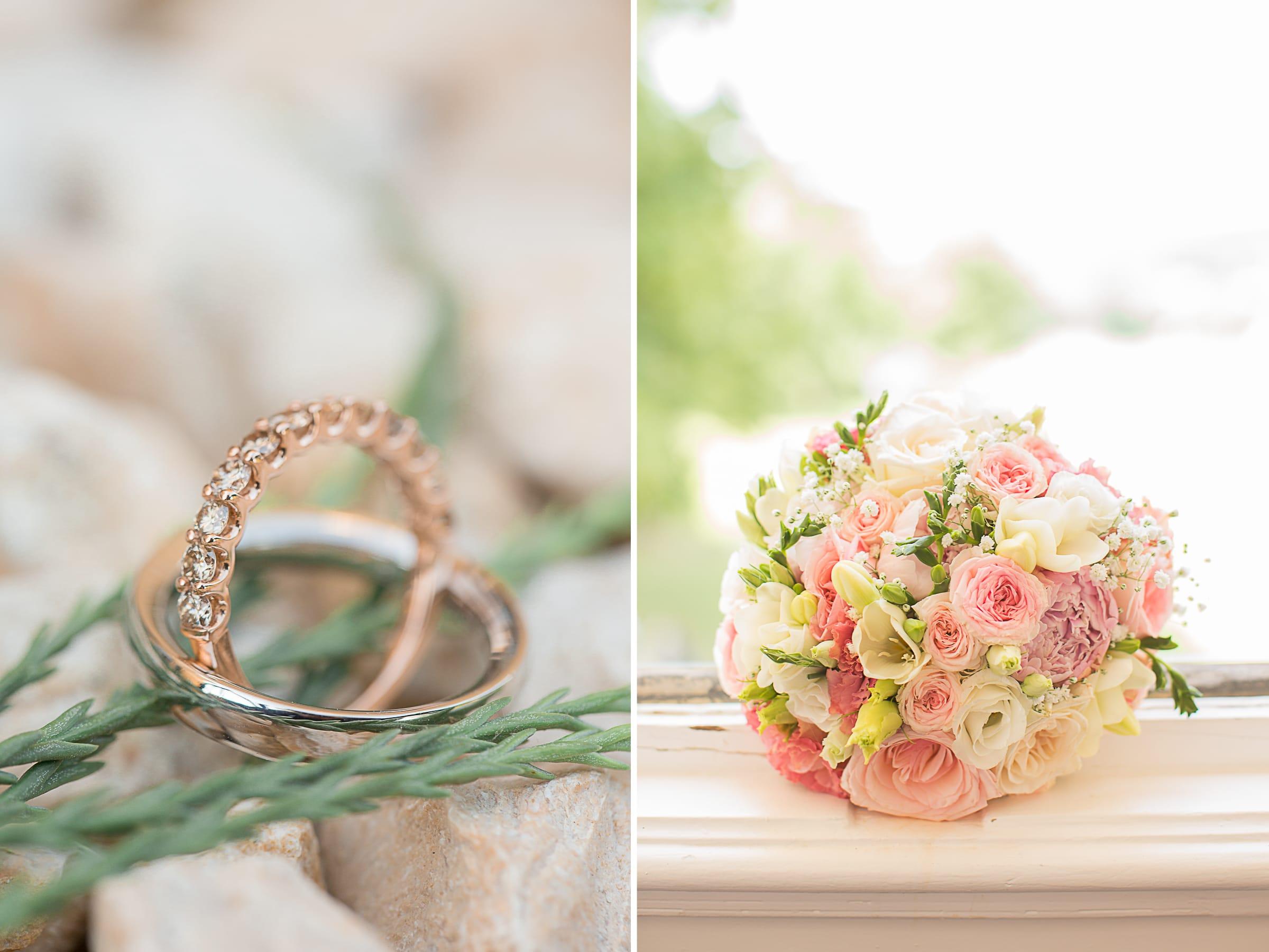 Alliance et bouquet de la mariée