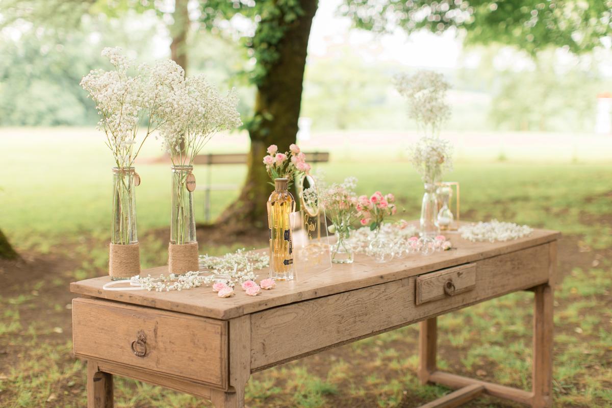 bar à fleurs pour les demoiselles du mariage