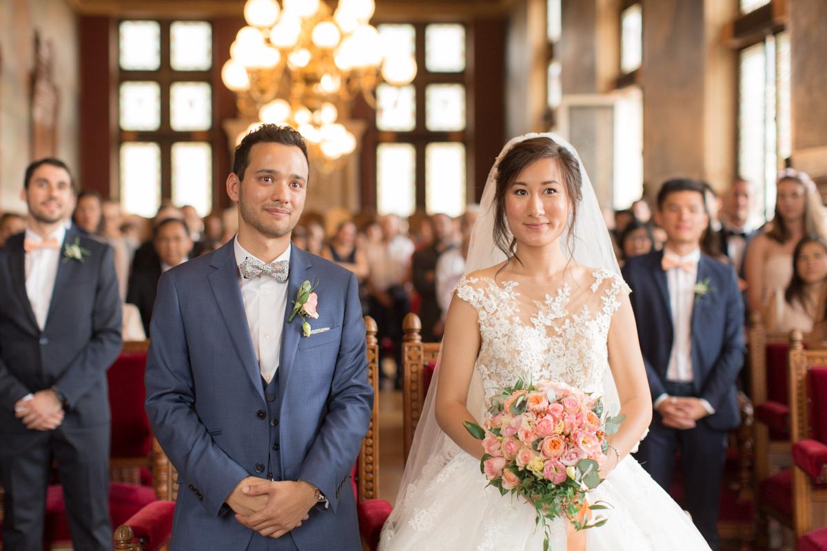 futurs mariés à la mairie de vincennes