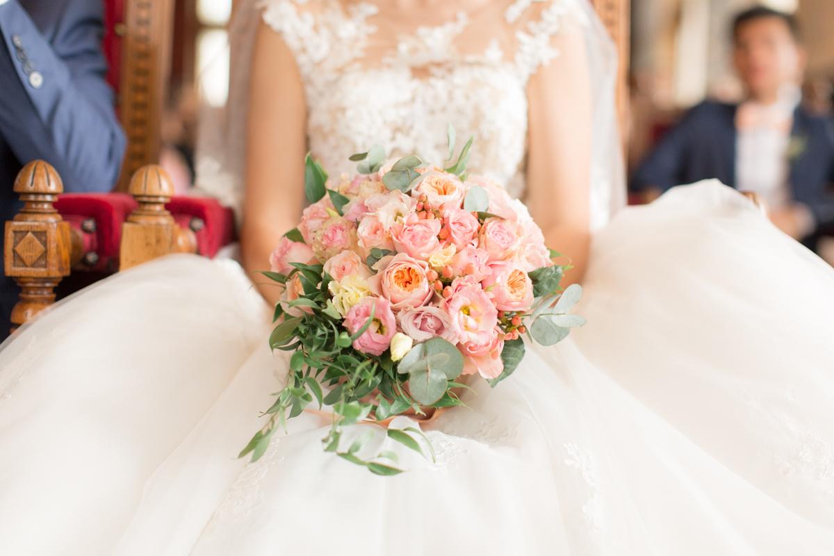 bouquet de la mariée à la mairie de vincennes