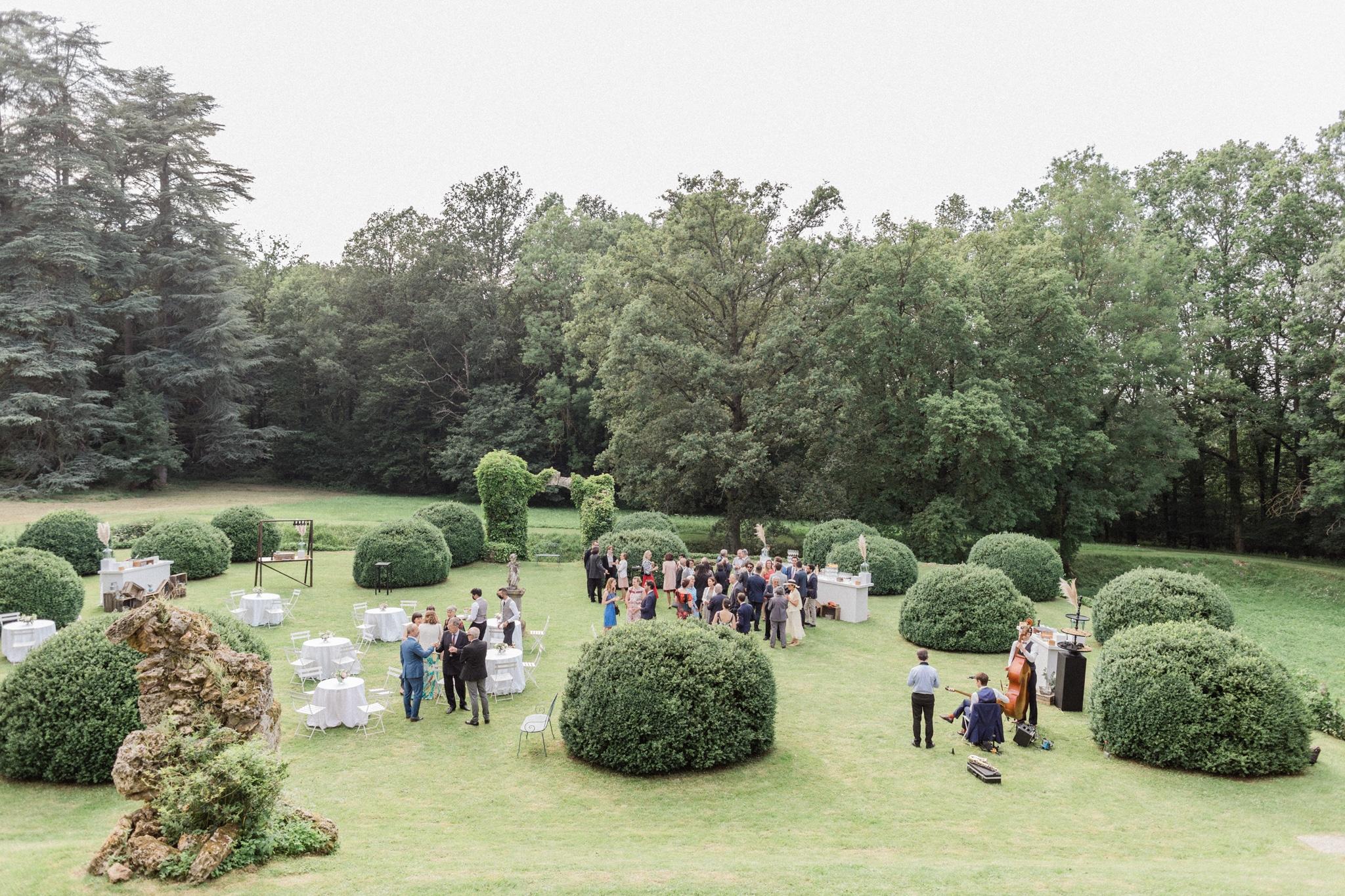garden wedding chateau